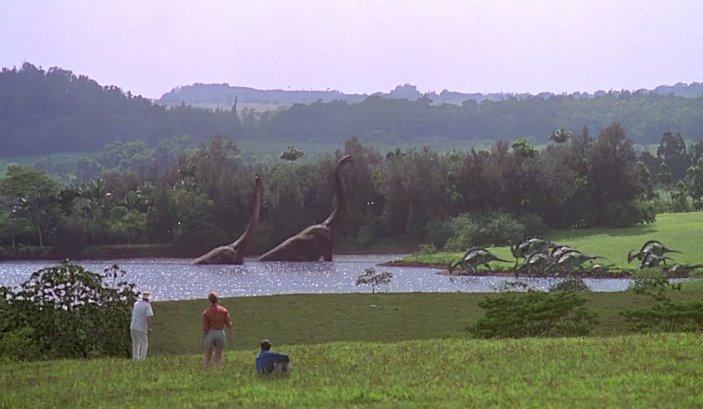 jurassic park mise en scene Dans jurassic world, la mise en scène ne prend plus le  les deux premiers jurassic park se basaient sur une remise en question de la modification génétique.
